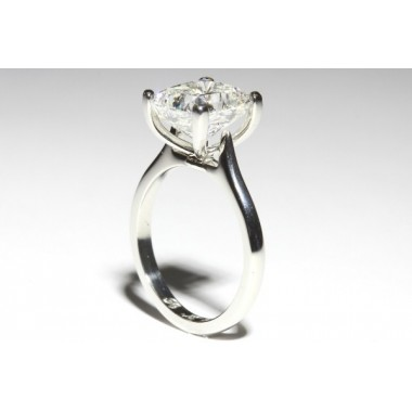 Curved Prong 2mm Cathedral Solitaire