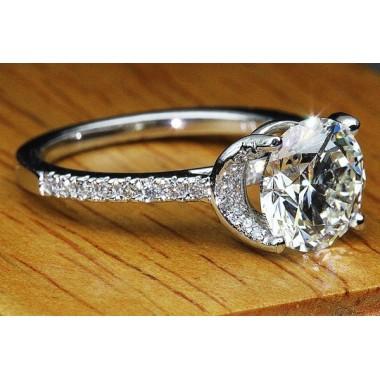 The Salma Ring by Kobe Mark