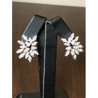 2.81 CT Diamond Designer Earrings